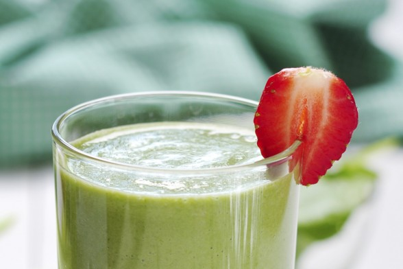 A Green Smoothie That's Easy On Your Tastebuds