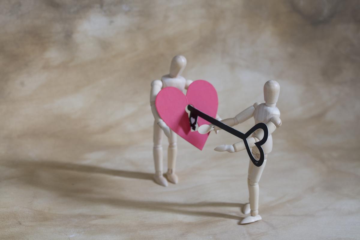 Key opens Pink Heart